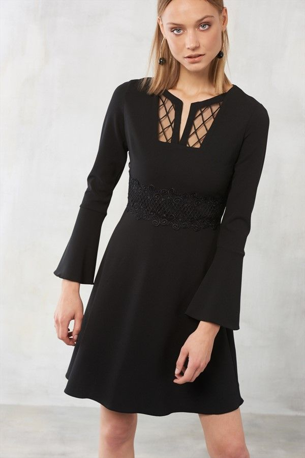 Siyah Dantel Detayli Kolu Volanli Elbise Trendyolmilla Trendyol Elbise The Dress Kiyafet