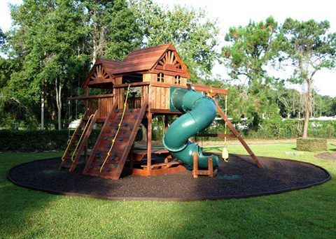 With Rubber Borders It S Easy To Have A Circular Footprint For The Playset Borders Playground Mu Playground Landscaping Backyard Playground Backyard Design