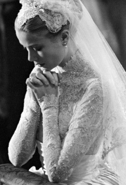 Grace Kelly...   Iconic wedding Gown #wedding #gown #lace