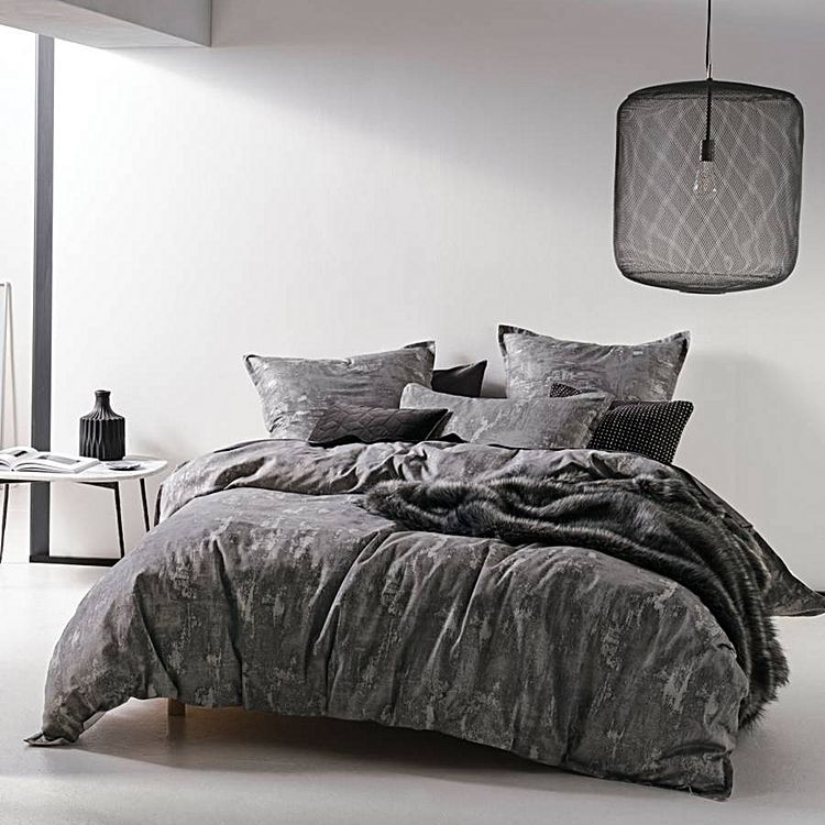 Arista Quilt Cover Set by Linen House | Zanui