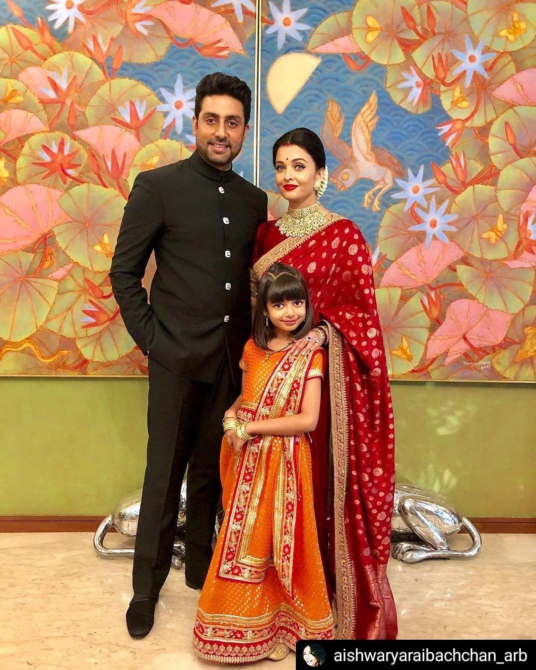 Aishwarya In Banarasi Saree Saree Look Bollywood Fashion Bollywood Wedding