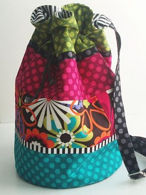 So wanna make a bag like this. But with different material.                                                                                                                                                      Más
