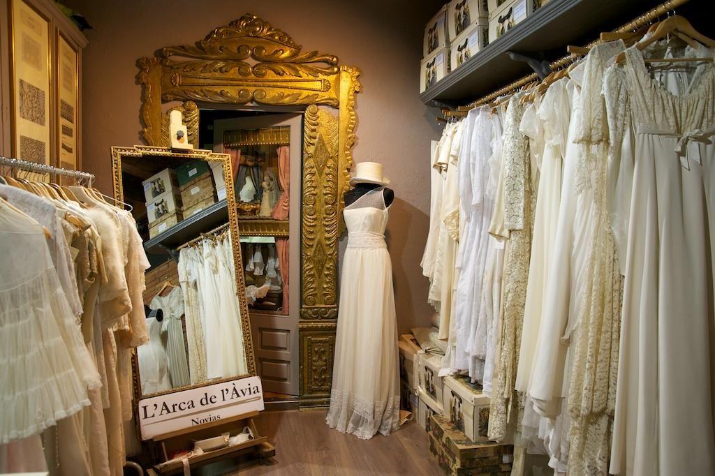 Novias de ayer: Guía de tiendas vintage | Romantic weddings, Vintage ...
