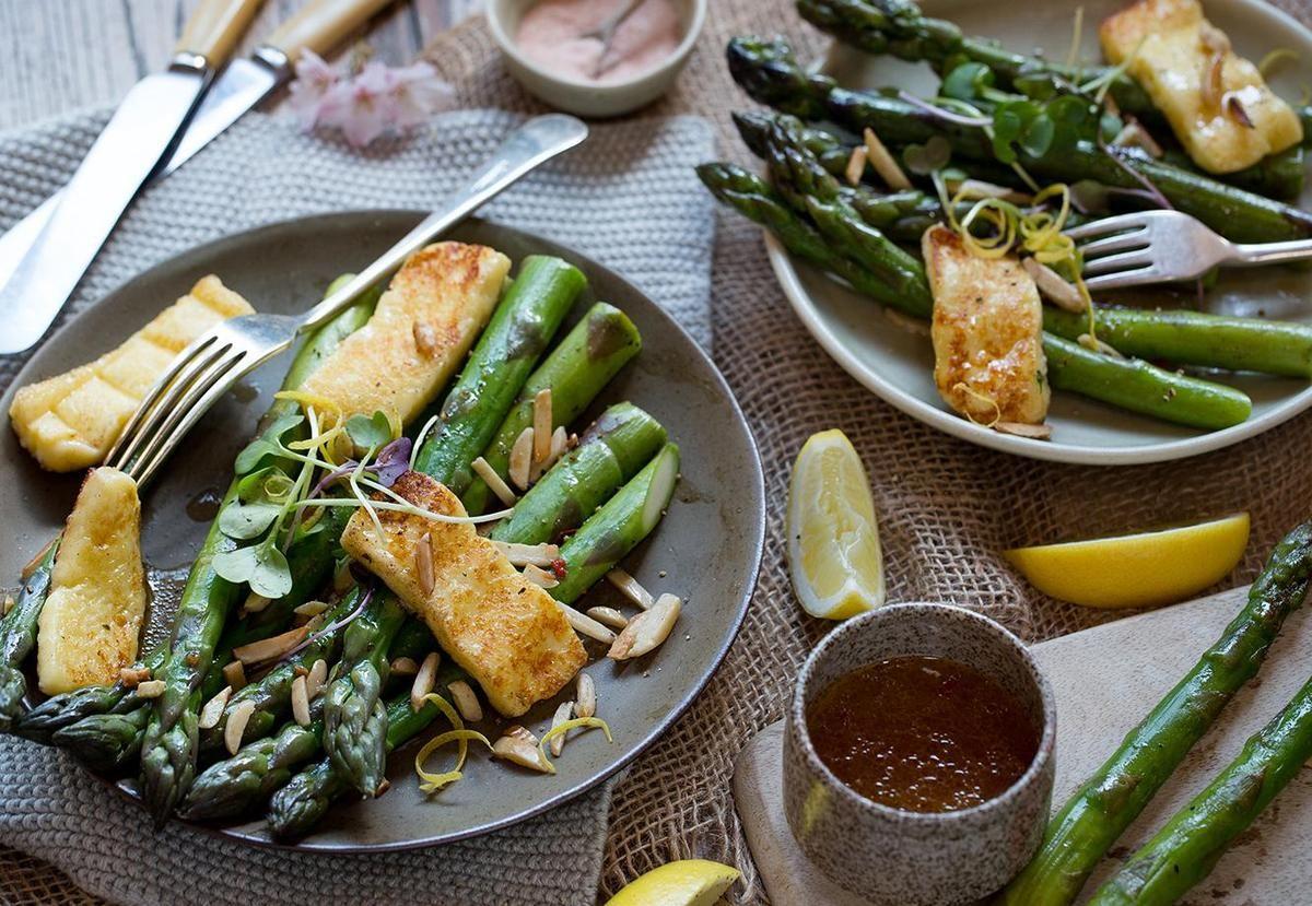 Halloumi and Asparagus Salad Recipe - Viva   Asparagus ...