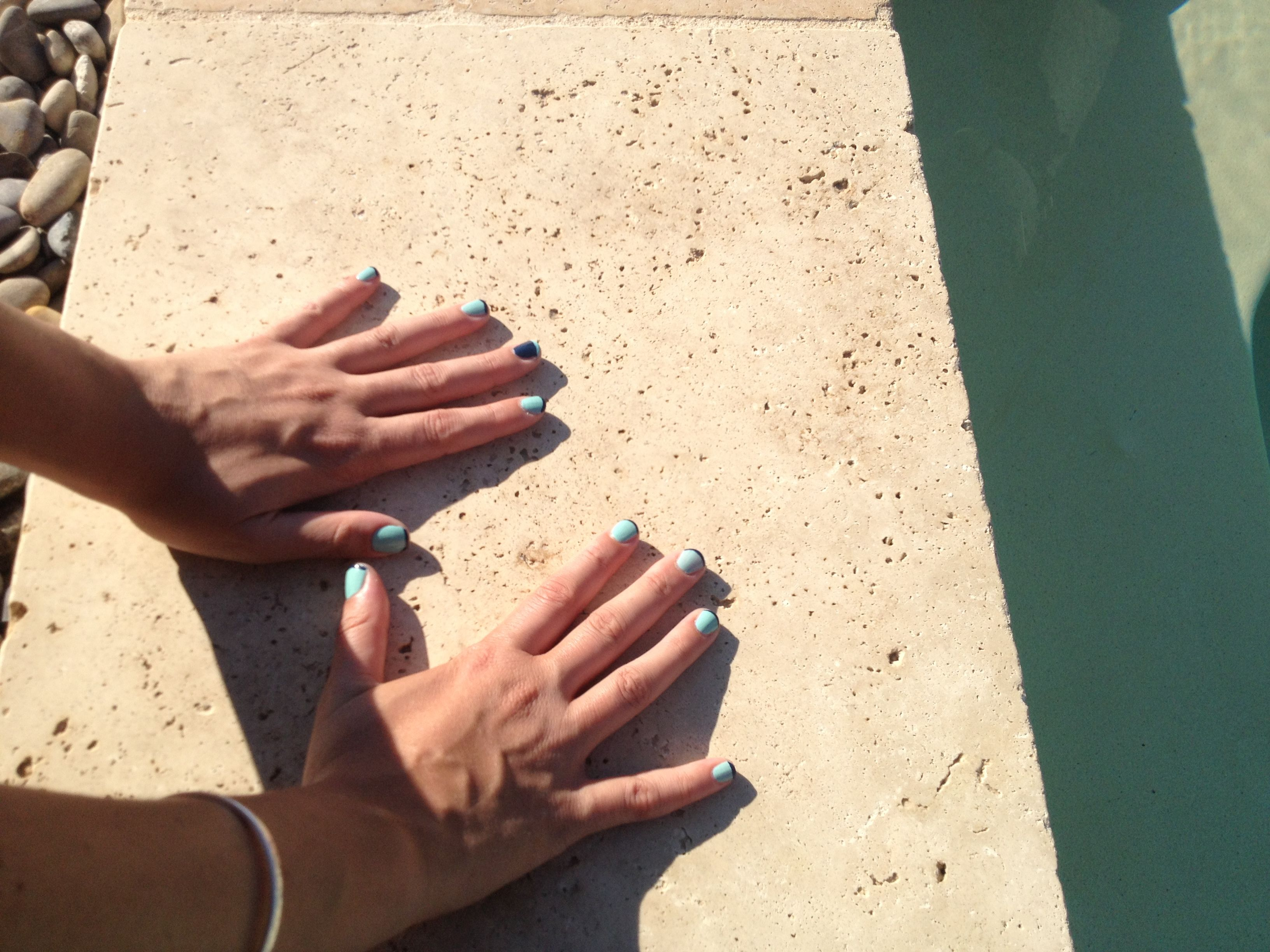 Swimming pool nails by Amelie. A