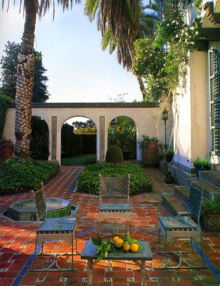 Spanish courtyard like this one is part of teddy palimore for Mediterranean courtyards photos