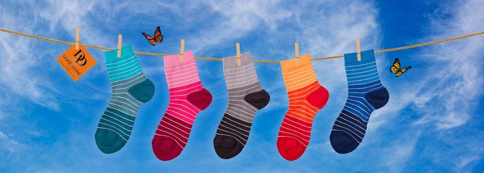 Dore Dore 1819 - www.dore-dore.fr - Découvrez la nouvelle collection de chaussettes DD pour les enfants - Collection Printemps/Eté 2013 - Chaussettes colorées à rayures en fil d'écosse.