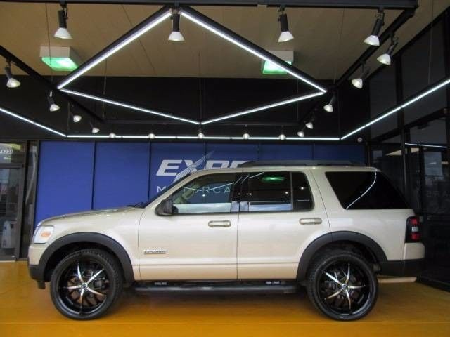 2007 Ford Explorer Xlt Sport Utility 4 Door Ford Explorer Ford Explorer Xlt Cars Trucks