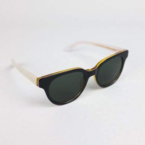 Han Kjobenhavn sunglasses State caramel grey By: sixandsons http://lokalinc.nl/profile/six-and-sons