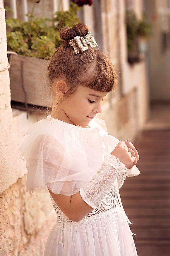 1c5b4002cf Flower girls Wedding Tulle Shrug. Ivory Tulle Wedding Shawl Bridal Tulle  Shrug Tulle Caplet Tulle Bolero Bridesmaid Tulle Shawl