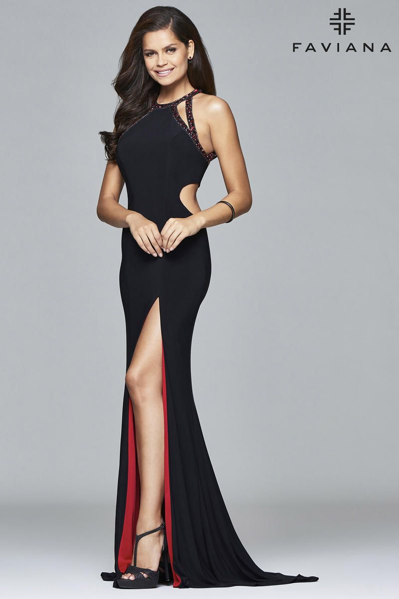 e6e21713bfc A perfect look for a slender or hourglass body shape