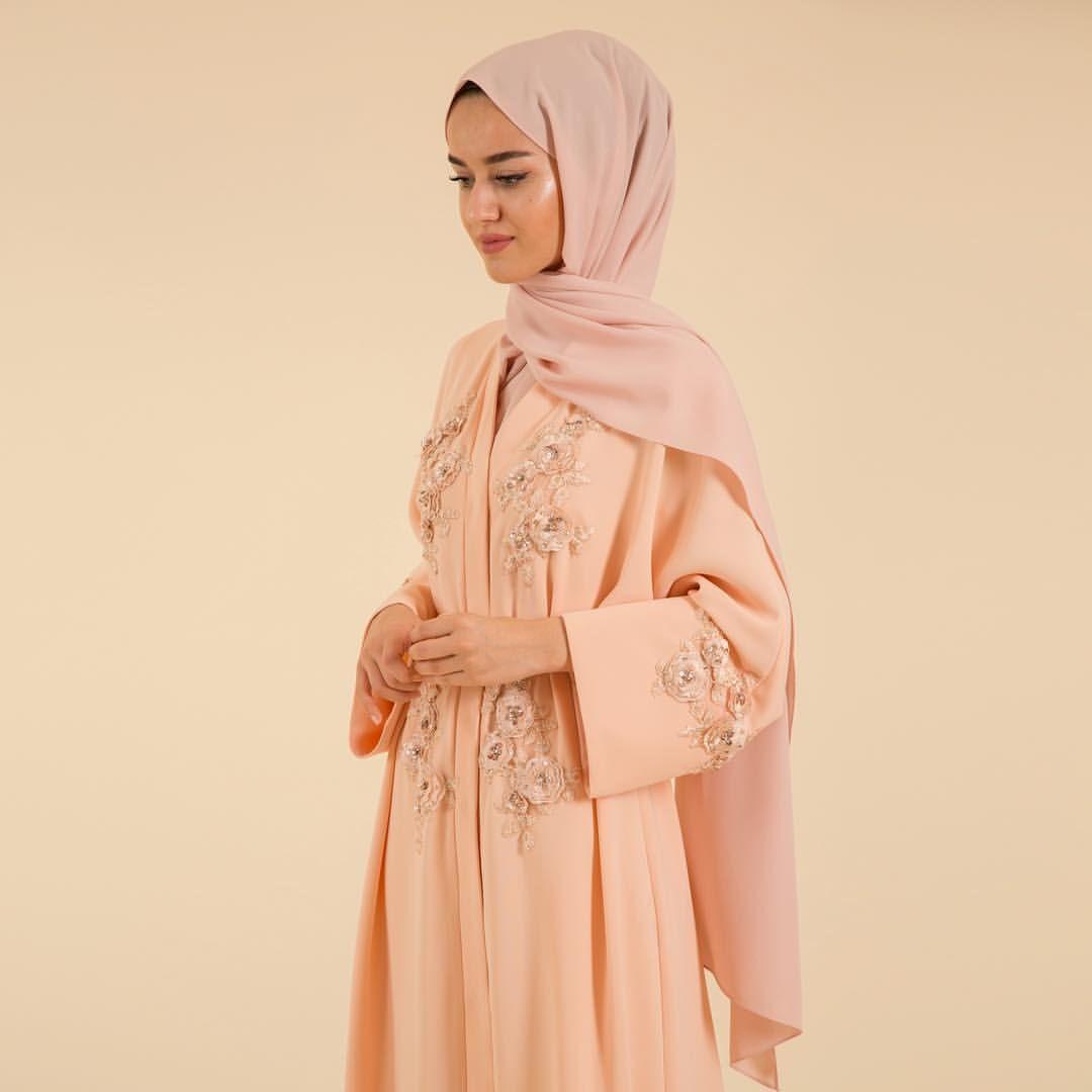 393 Begenme 0 Yorum Instagram Da Liolle Humeyraofficial Humeyraofficial Liolle Liollestylenotes Shinnabay Abayas Fashion Abaya Fashion Abaya Designs