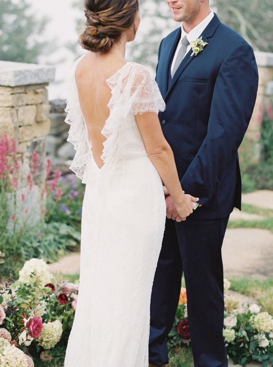 Photography : Simply Sarah Photography Read More on SMP: http://www.stylemepretty.com/2016/10/13/fall-wedding-inspiration/