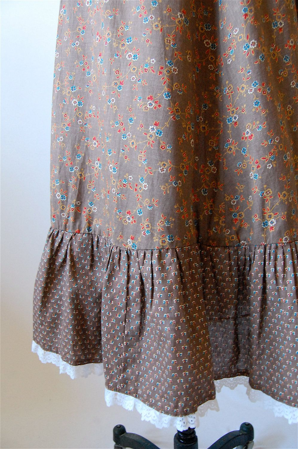 Vintage us prairie skirt calico ditsy floral print ruffle middy