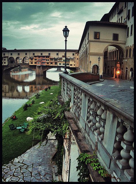 Ponte Vecchio nella Mattina, Florence, Italy- we have been here, on this spot, and have seen this view!