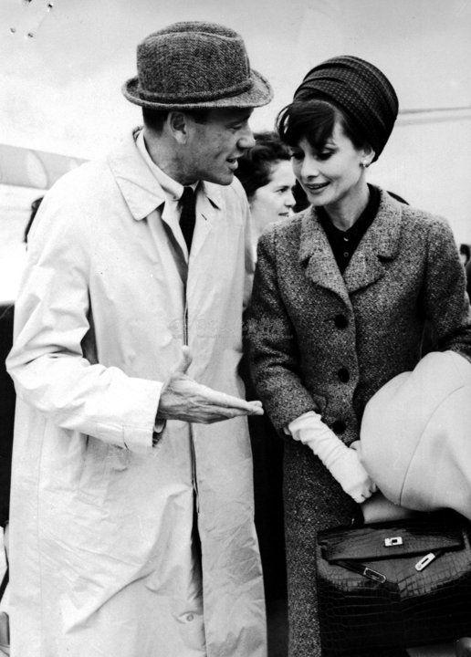 6e46b823e751db Audrey Hepburn with Hermes Kelly alligator bag | hermes kelly in ...
