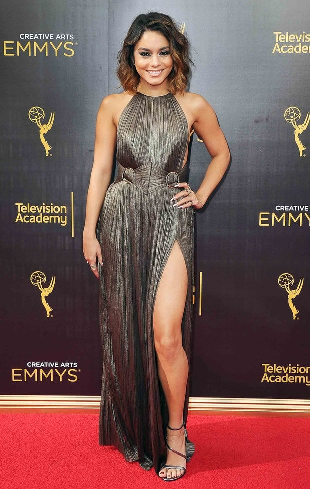 Emmy's Hudgens Red StyleVanessa CarpetCelebrity 2016 nwNv80m