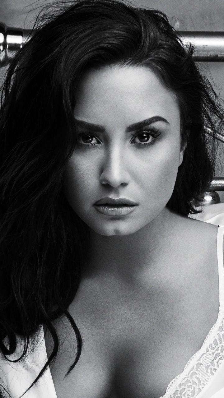 Demi Lovato 2018 Monochrome Hot 720x1280 Wallpaper Demi Lovato Body Demi Lovato Pictures Demi Lovato 2018