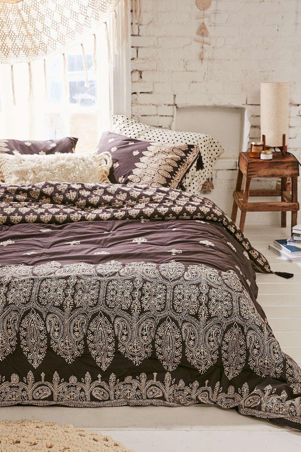 appealing plum bedroom decor   Plum & Bow Bessum Border Comforter in 2019   For the Home ...