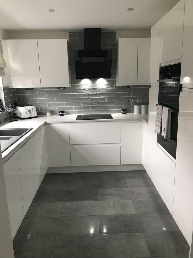 Photo of Moderne Küche mit fantastischem Stauraum – Bildneue