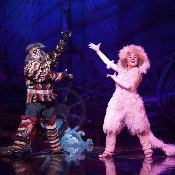 Growltiger And Griddlebone Cats Musical Cat Costumes Music Genres
