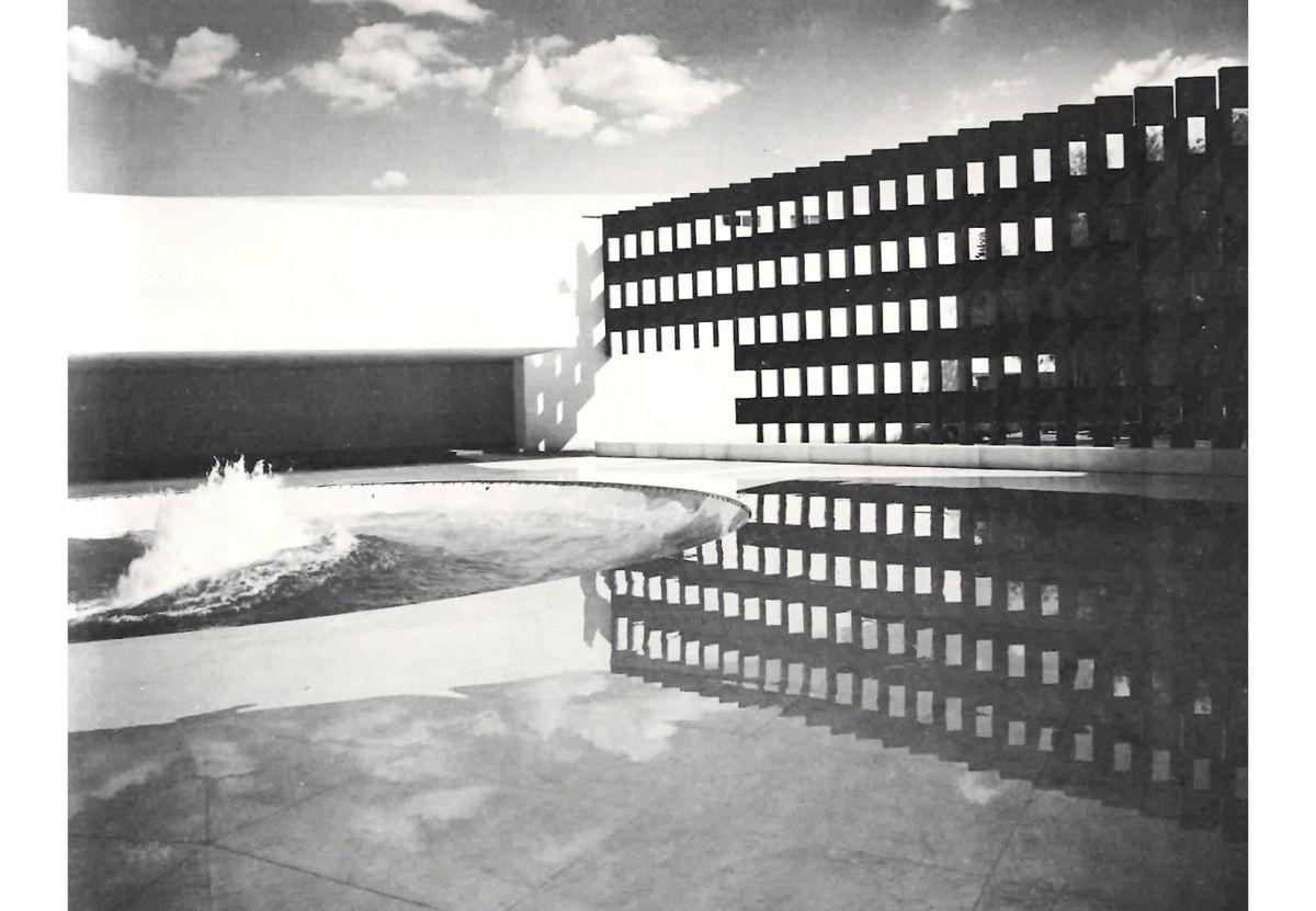 MATHIAS GOERITZ SATÉLITE   Emmanuelle et Laurent Beaudouin  - Architectes
