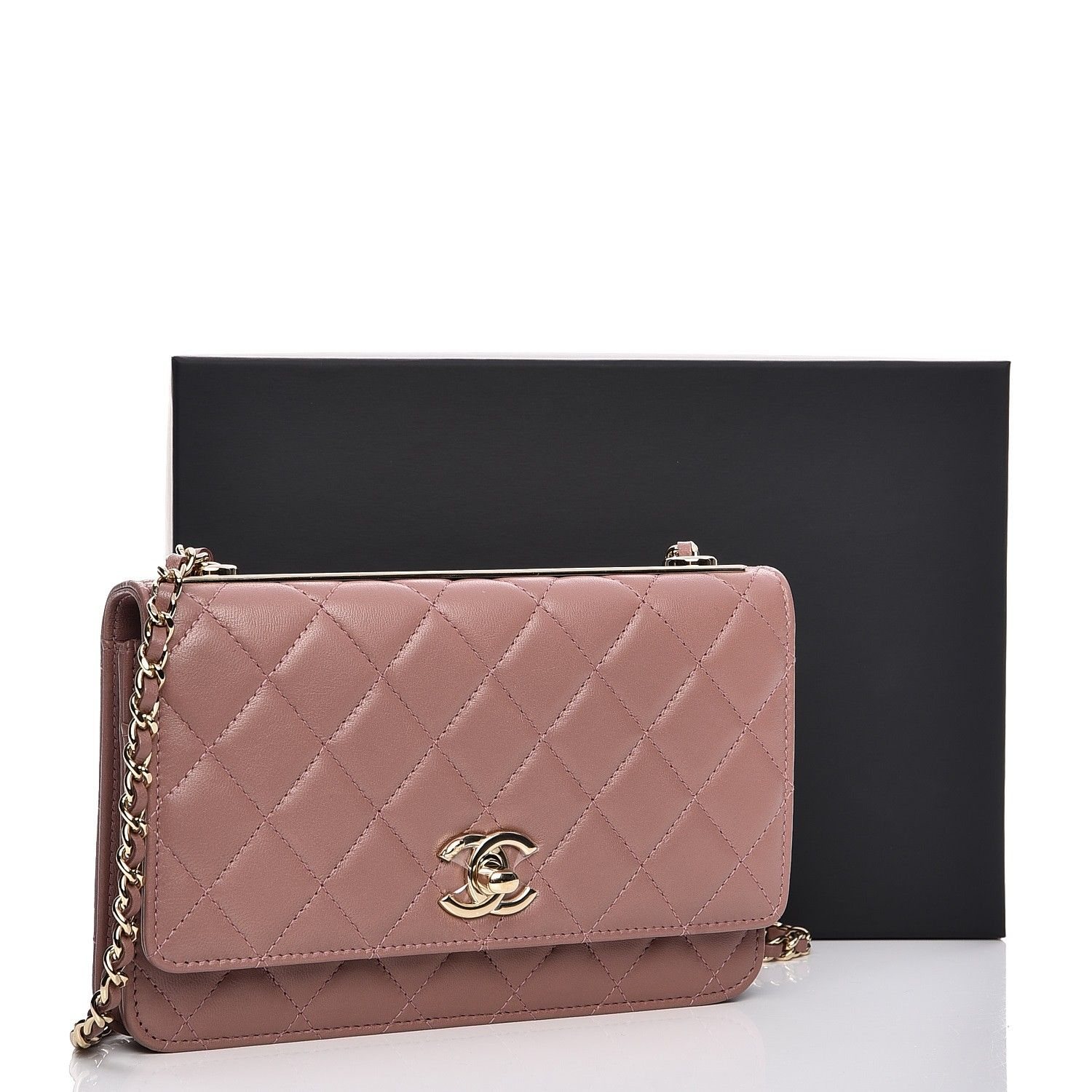 5e9ee218c9d0 This authentic CHANEL Lambskin Quilted Trendy CC Wallet On Chain WOC in Pink.  This wallet