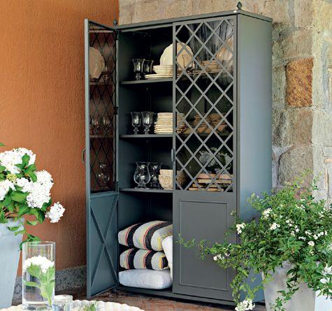 laerte schrank aus eisen wundersch n zu rattanm bel outdoor living looms pinterest. Black Bedroom Furniture Sets. Home Design Ideas