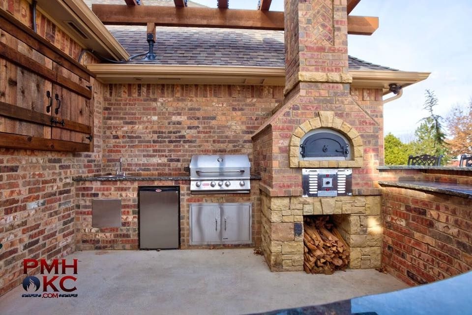 Pin By Pmhokc Com On Custom Outdoor Kitchens Outdoor Pergola Outdoor Kitchen Pergola
