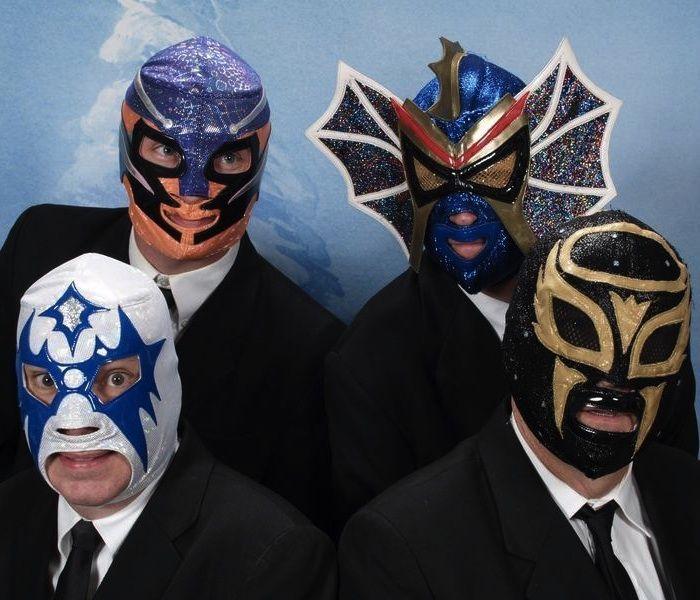 bon service nouvelle arrivee complet dans les spécifications LOS STRAITJACKETS Mexican heavy metal band | Entertainment ...