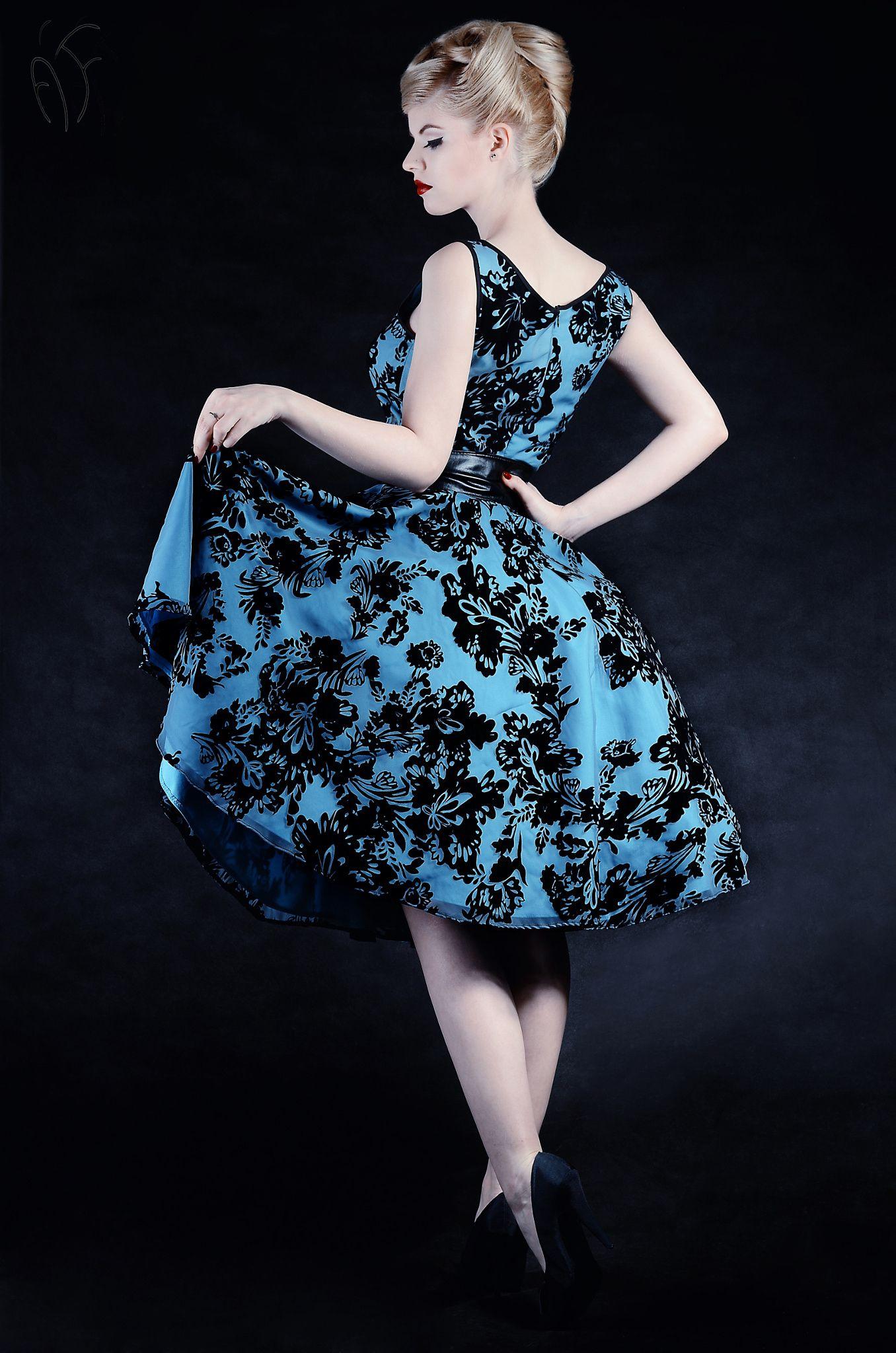 pinup style 1950\'s style dress party dress photo: Ágoston Flóra ...
