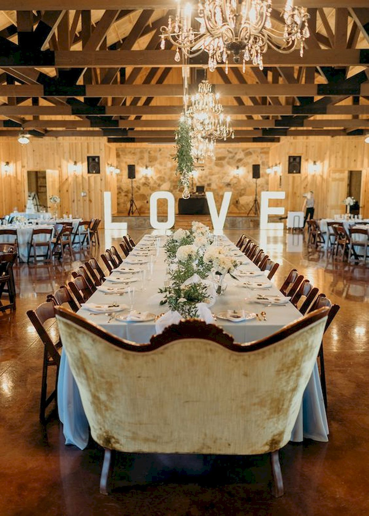 33 Best Wedding Decorations Indoor Ideas For Summer Wedding