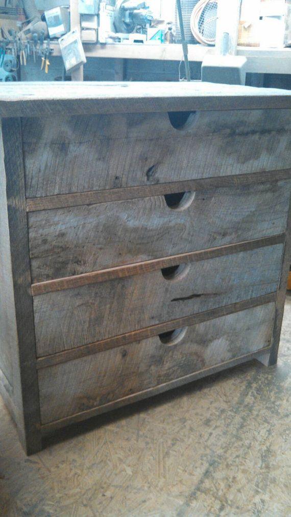 votre commode bois de grange rustique sur par. Black Bedroom Furniture Sets. Home Design Ideas