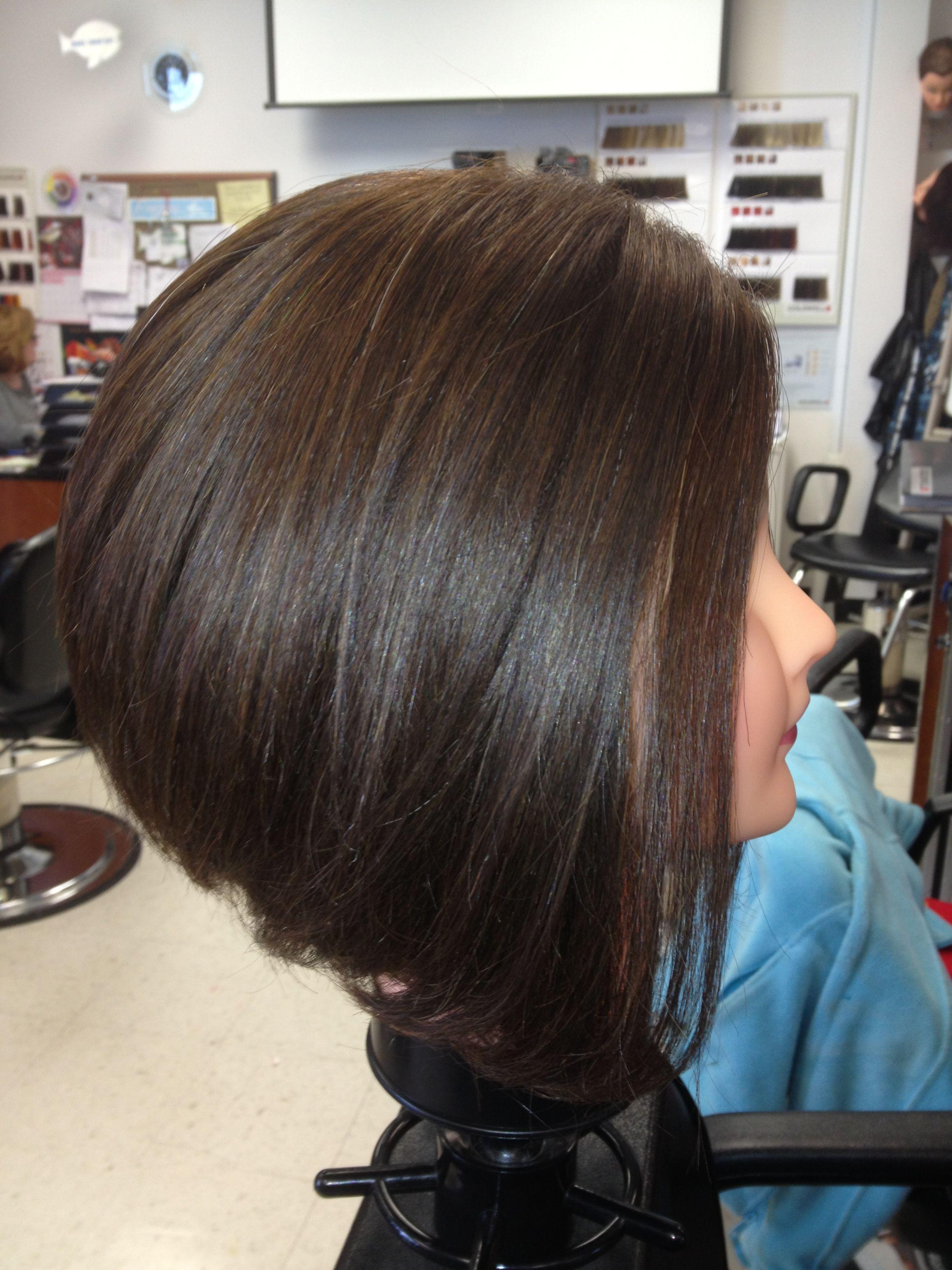 Hair Style Bob: Inverted Bob Medium Length #shorthair #cute Love My Job