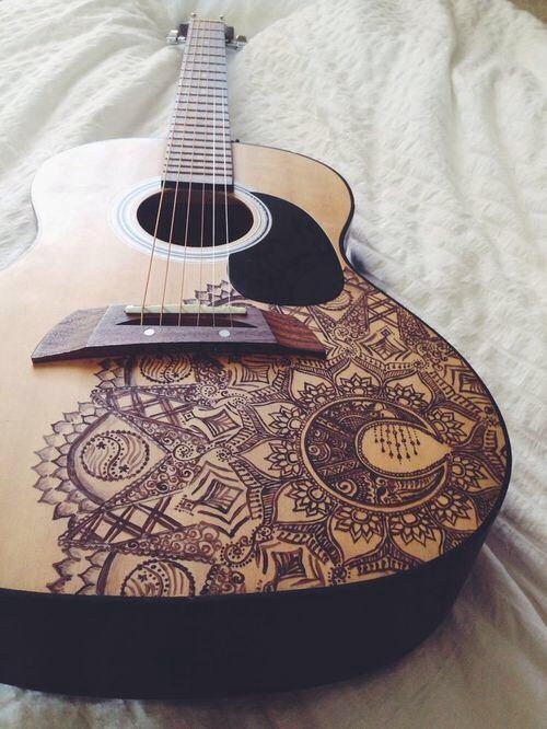 ฟ via Tumblr beautiful, tattoo Guitarras pintadas