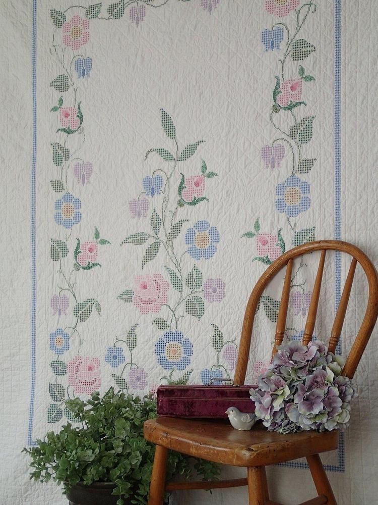"""Shabby but Sweet Cottage VINTAGE GARDEN Embroidered QUILT 89"""" x 71"""""""