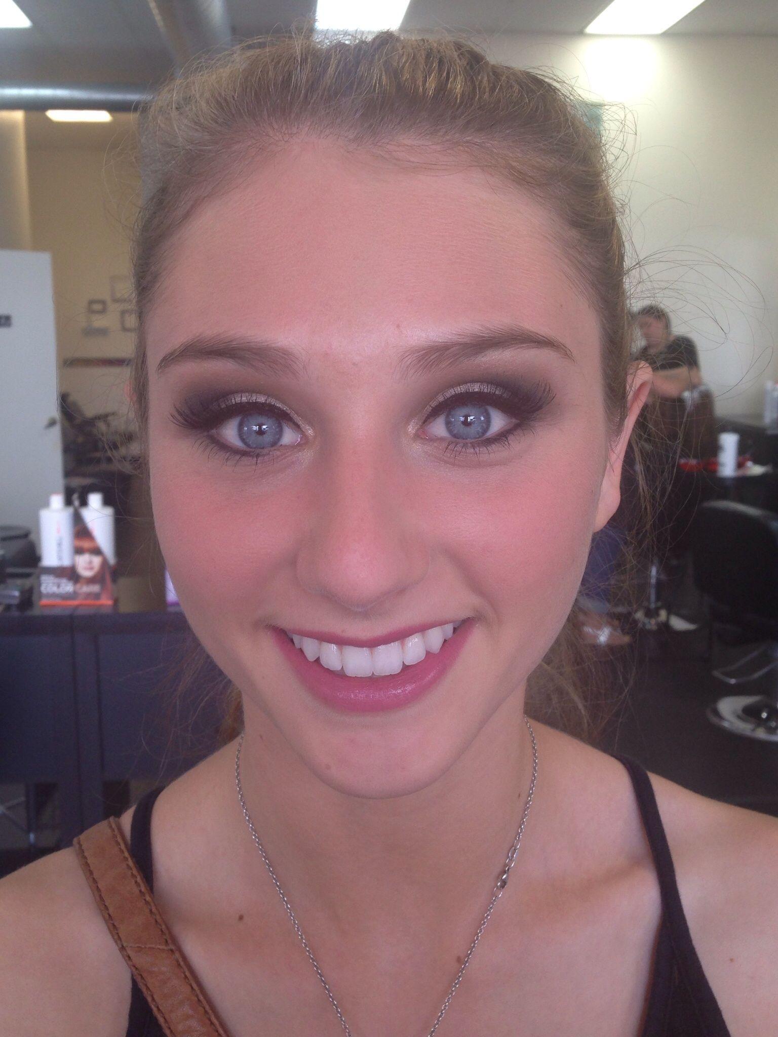 Senior picture makeup, smokey eye Makeup pictures
