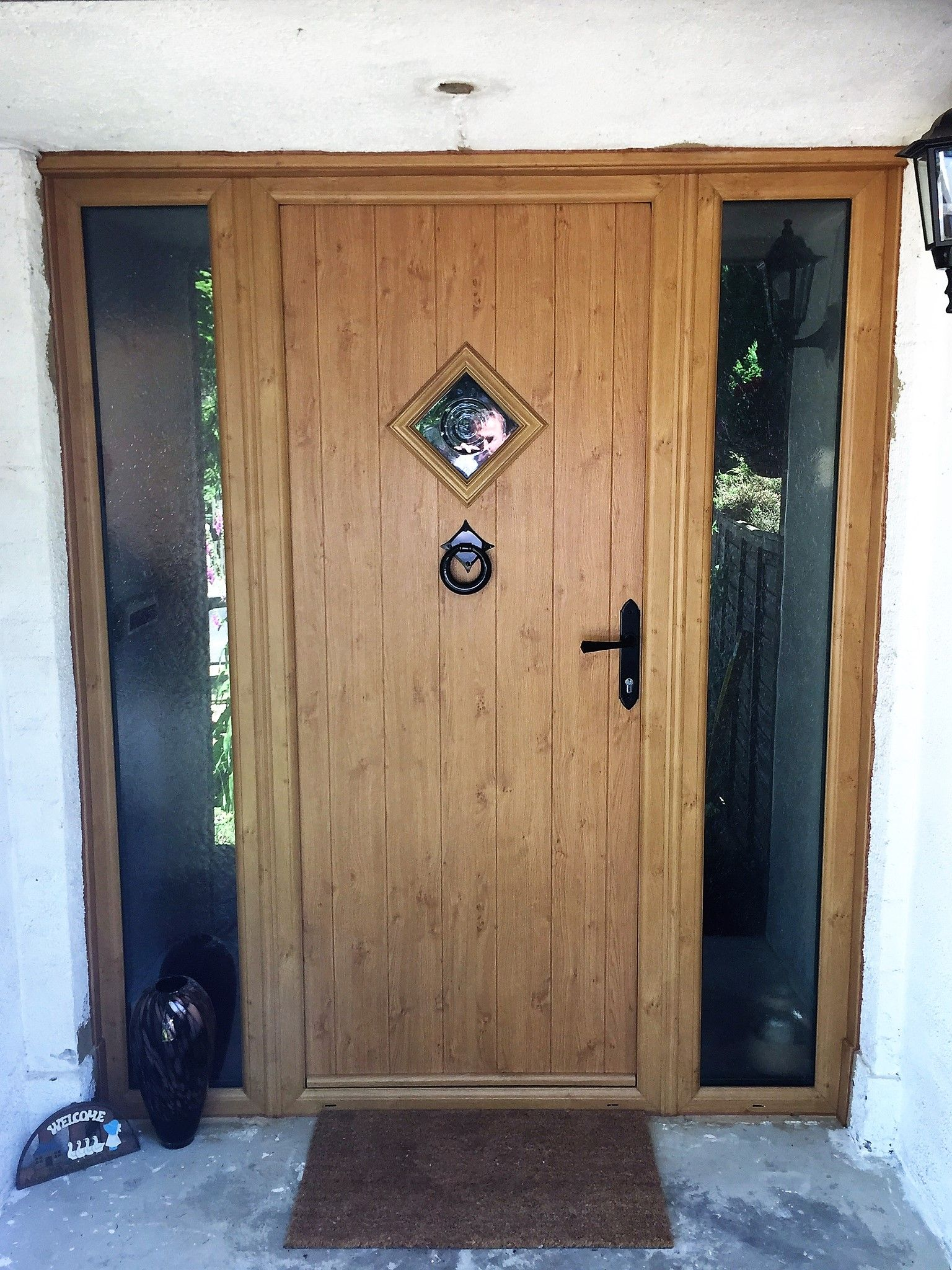 Beautiful country home front door in golden oak solidor flint beautiful country home front door in golden oak solidor flint style rubansaba