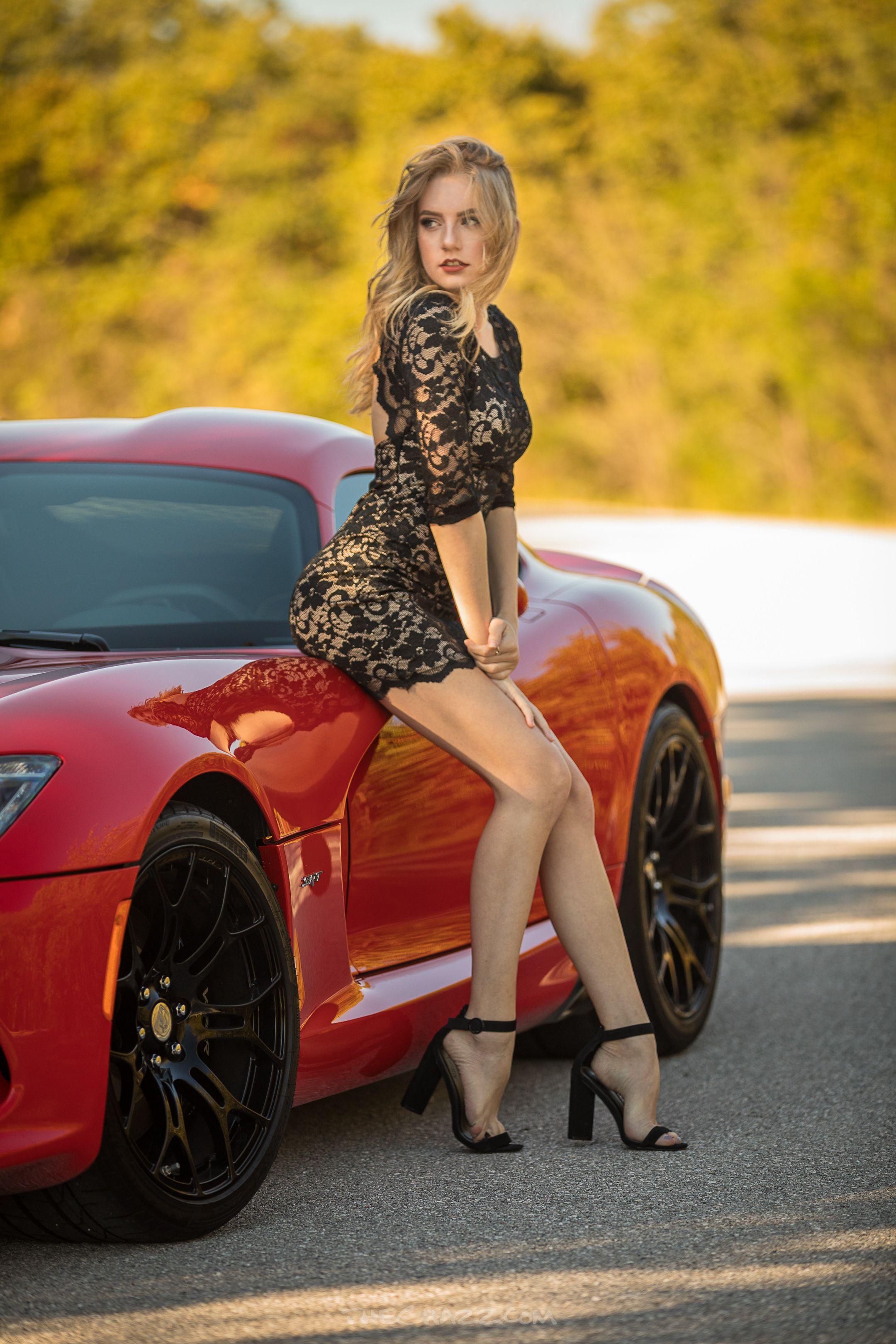 ผลการค้นหารูปภาพสำหรับ girl car