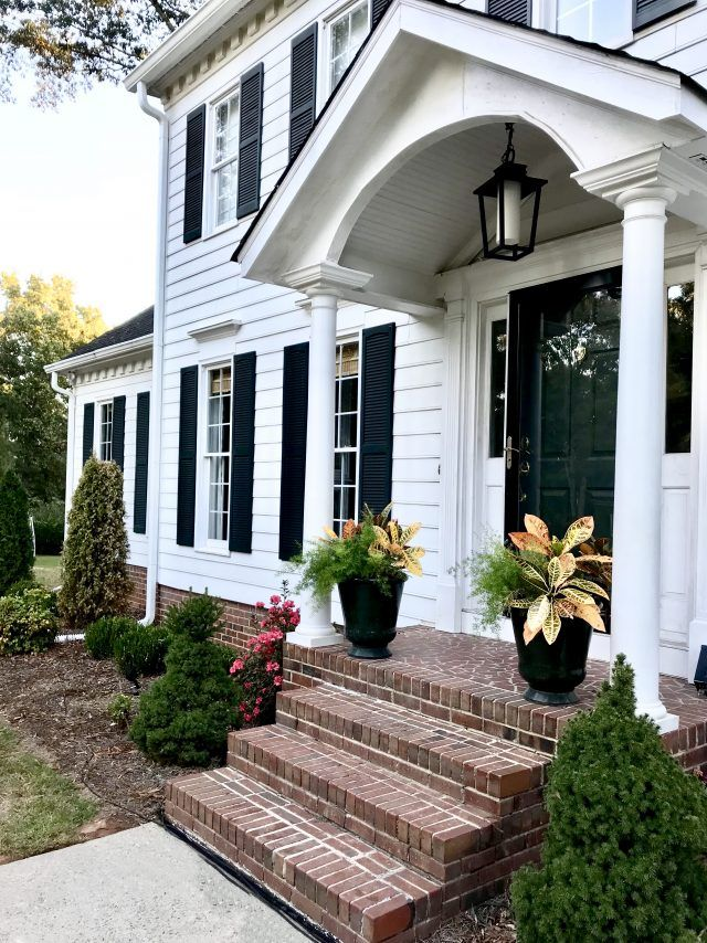 Good Things September 2017 Colonial Exterior Colonial House Exteriors House Front