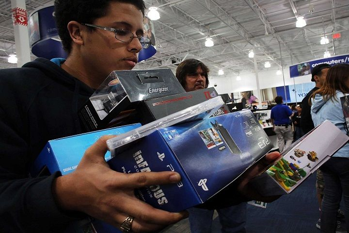 Cyber Monday Sales at Record as Ebay and Amazon Win