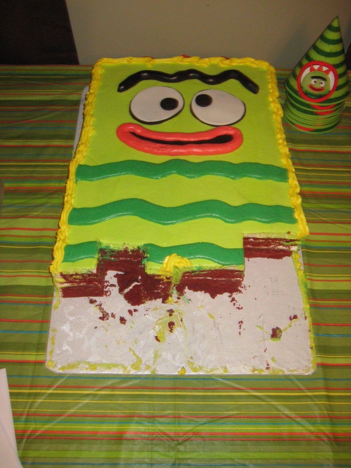Yo Gabba Gabba! Brobee cake - easy | Hayden's 3rd birthday ...