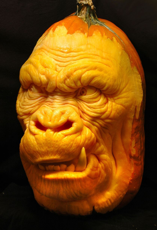 Gallery incredible carvings of halloween pumpkins carved