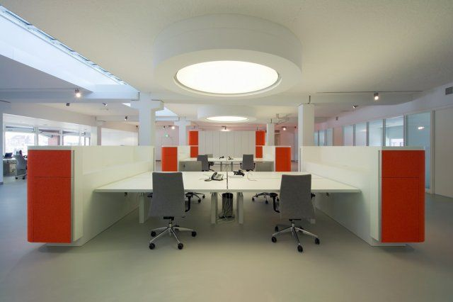 When Designing The Netherlands Offices For Crocs In 2008 Robin