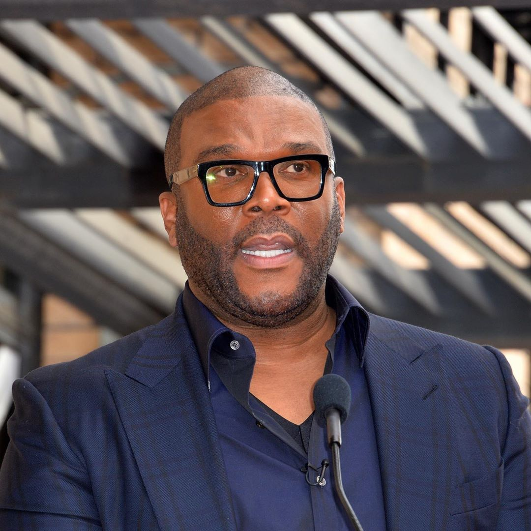 Tyler Perry Becomes America S Newest Billionaire In 2020 Tyler Perry Entertainment Guide Forbes 400