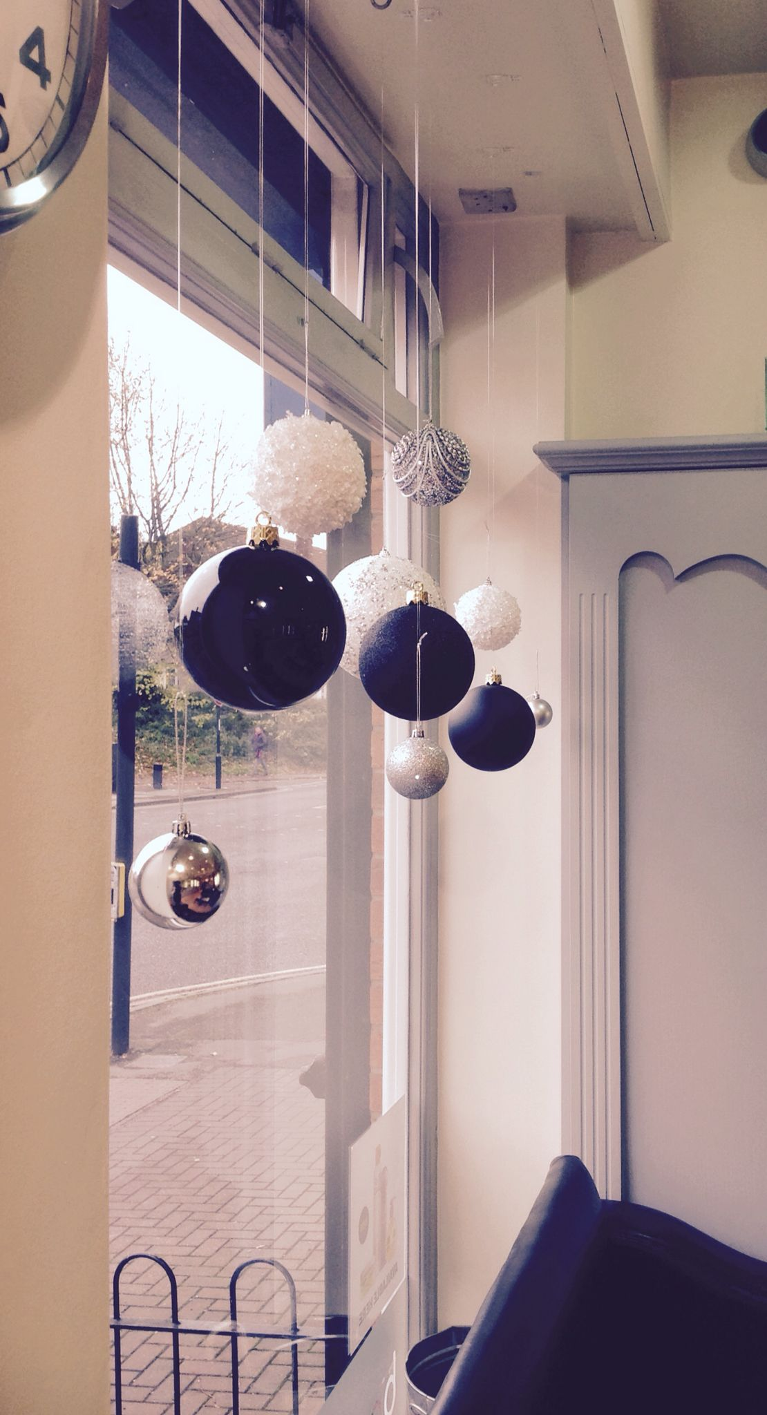 Beepers Hair Christmas Decoration Christmas Shop Window Christmas Window Decorations Christmas Salon