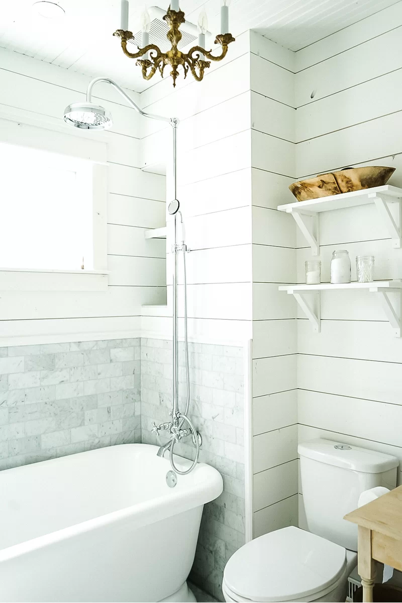 Vintage Clawfoot Tub Shower Combination In 2020 Clawfoot Tub Shower Soaking Bathtubs Shower Tub