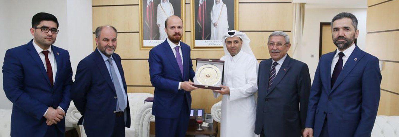 RT @ibnhalduni: Üniversitemiz ile Katar Üniversitesi ve Doha Institute arasında iş birliği https://t.co/AesicxHh3S #ibnhaldun https://t.co/JoLABURUrZ