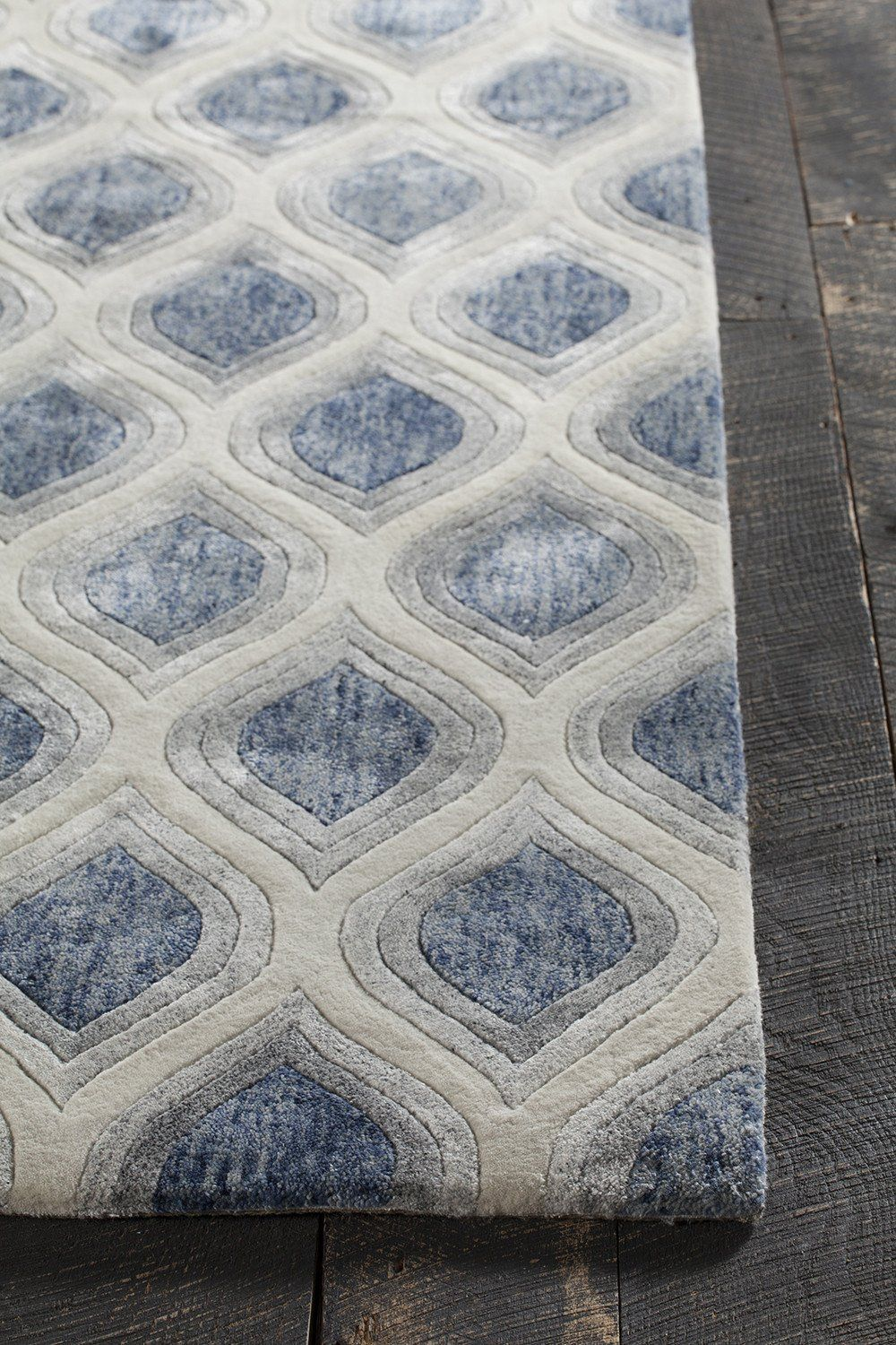 Clara Collection Hand Tufted Area Rug In Blue Grey White