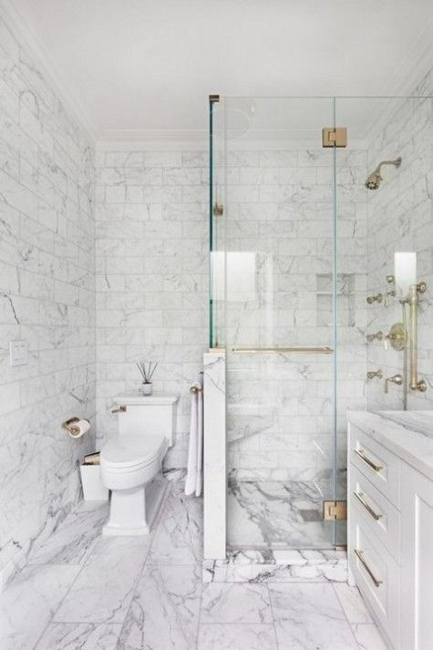 20 Ideas To Mix And Match Tiles In Your Bathroom White Marble Bathrooms Carrera Marble Bathroom Small Bathroom Remodel